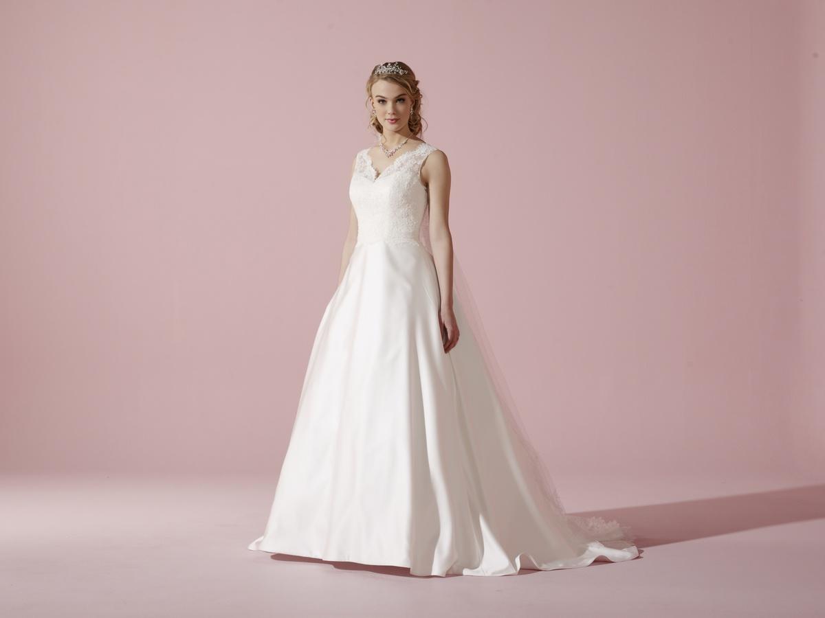 My Dream Esküvői Szalon - Menyasszonyi ruha - Ella 689c0a2bb3