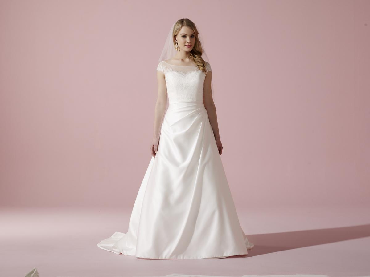 My Dream Esküvői Szalon - Menyasszonyi ruha - Julia b36268bdd2