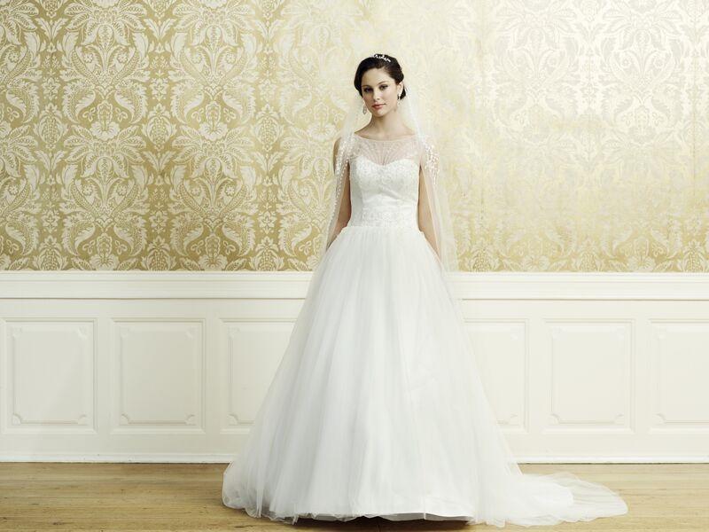 My Dream Esküvői Szalon - Menyasszonyi ruha - Odett 9bbdb5a35b